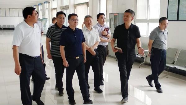 热烈欢迎武陟县县长申琳一行莅临重联集团调研、视察工作